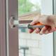 Tehnicienii noștri pot repara orice fereastră de termopan